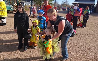 Centennial Village Hosts 2017 Trick-or-Treat Event